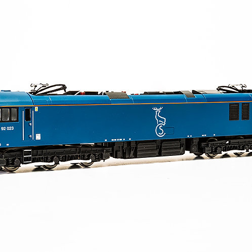 Hornby R3740 Class 92 92023 in Caledonian Sleeper livery
