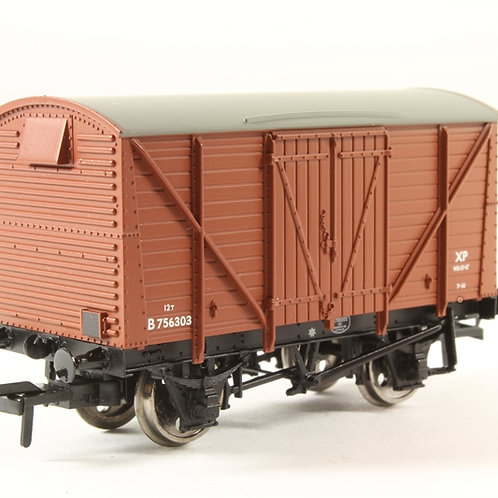 38-160B BR Bauxite (Early) 12T Planked Vent Van