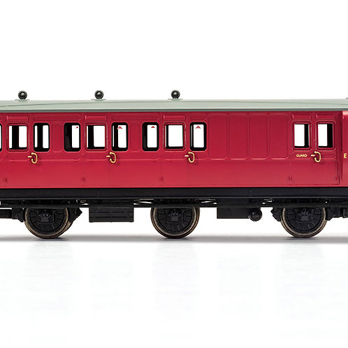 Hornby R40079 6 wheel brake 3rd E31185E in BR crimson - Era 4. Due Jan-21.