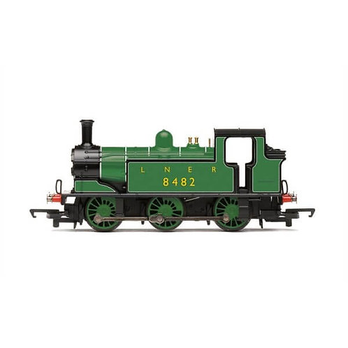 Hornby Railroad R3668 Class J83 0-6-0T 8482 in LNER green
