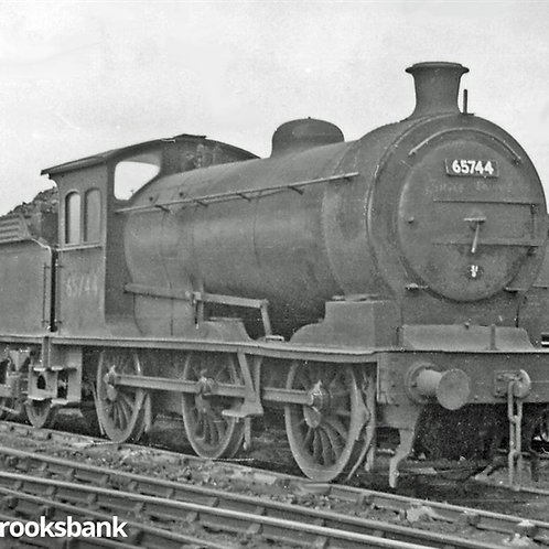 Oxford Rail OR76J26001 Class J26 0-6-0 5738 in LNER black