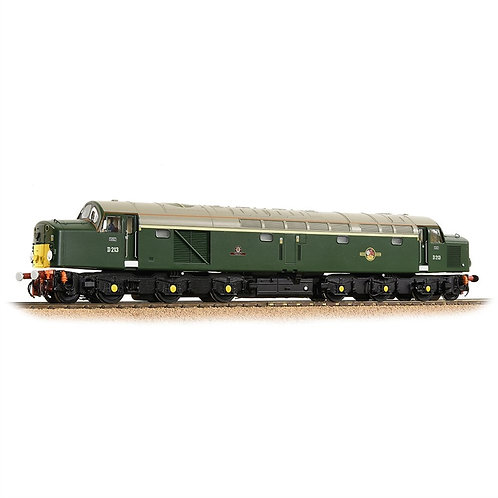 "Bachmann 32-487 Class 40 D213 ""Andania"" in BR green with small yellow panels"