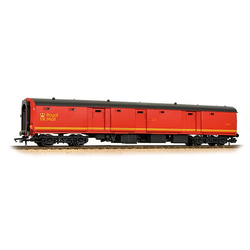 Bachmann 39-760 Mk1 TPO POT stowage van in Royal Mail Letters red livery