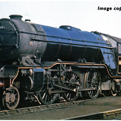 Bachmann 35-201 Class V2 2-6-2 60845 in BR lined black with early emblem