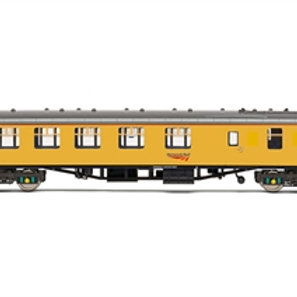 Hornby R40024 Mk1 BCK brake composite corridor DB975280 in Neywork Rail yellow