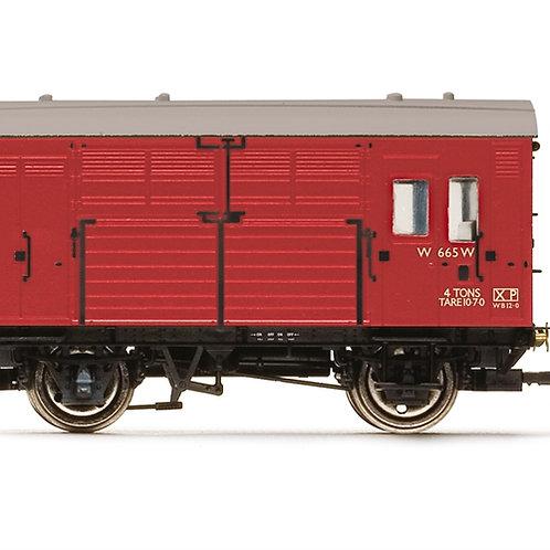 Hornby R6973 N13 Horse Box W665 in BR crimson