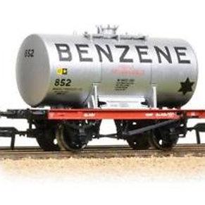 Bachmann Branchline 38-775 14 Ton Tank Wagon 'Benzene'