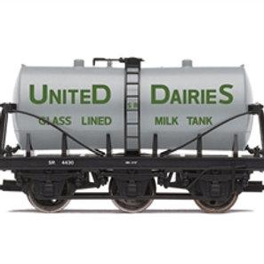 """Hornby R6992 14 ton tank wagon 4430 """"United Dairies"""" - Due Jan-21"""