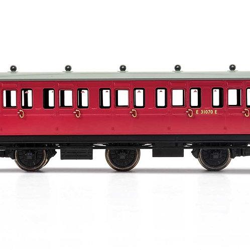 Hornby R40124 BR, 6 Wheel Coach, 3rd Class, Fitted Lights, E31070 - Era 4