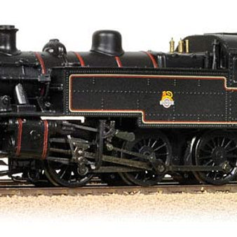 Bachmann Branchline 31-440 Class 2MT Ivatt 2-6-2T 41243 in BR lined black with e