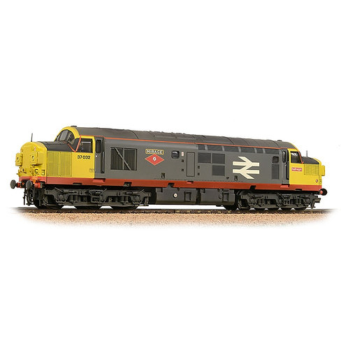 Bachmann 32-775SD Class 37/0 No. 37032 Red Stripe Railfreight (Weathered)