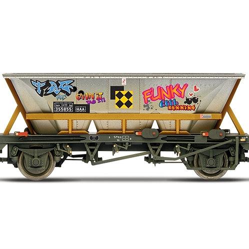 Hornby R6961 BR, HAA wagon with graffiti, 355855 - Era 8