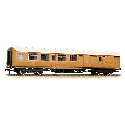 Bachmann Branchline 34-460 Thompson 3rd class brake corridor in LNER teak