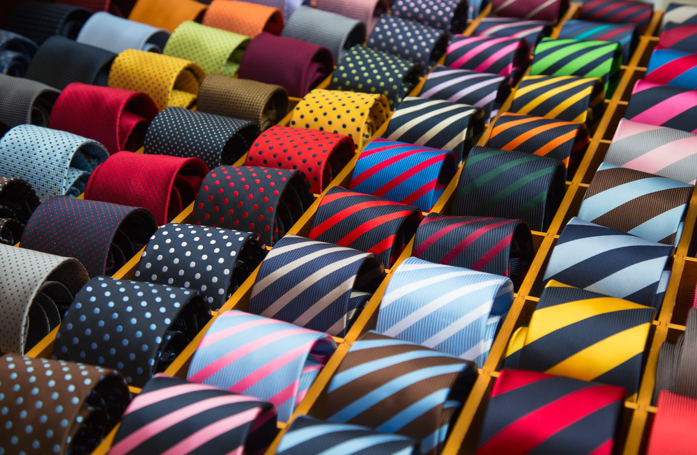 What is color analysis, mens fashion, mens outfits, mens fashion styling, styling tips, men's outfits, men's color, color coordinate, fashion tips, what color suit me the best