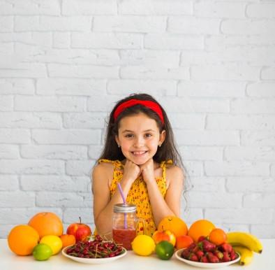 10 frutas que não podem faltar na alimentação das crianças