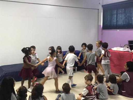 Apresentação teatro de Ensino Fundamental I