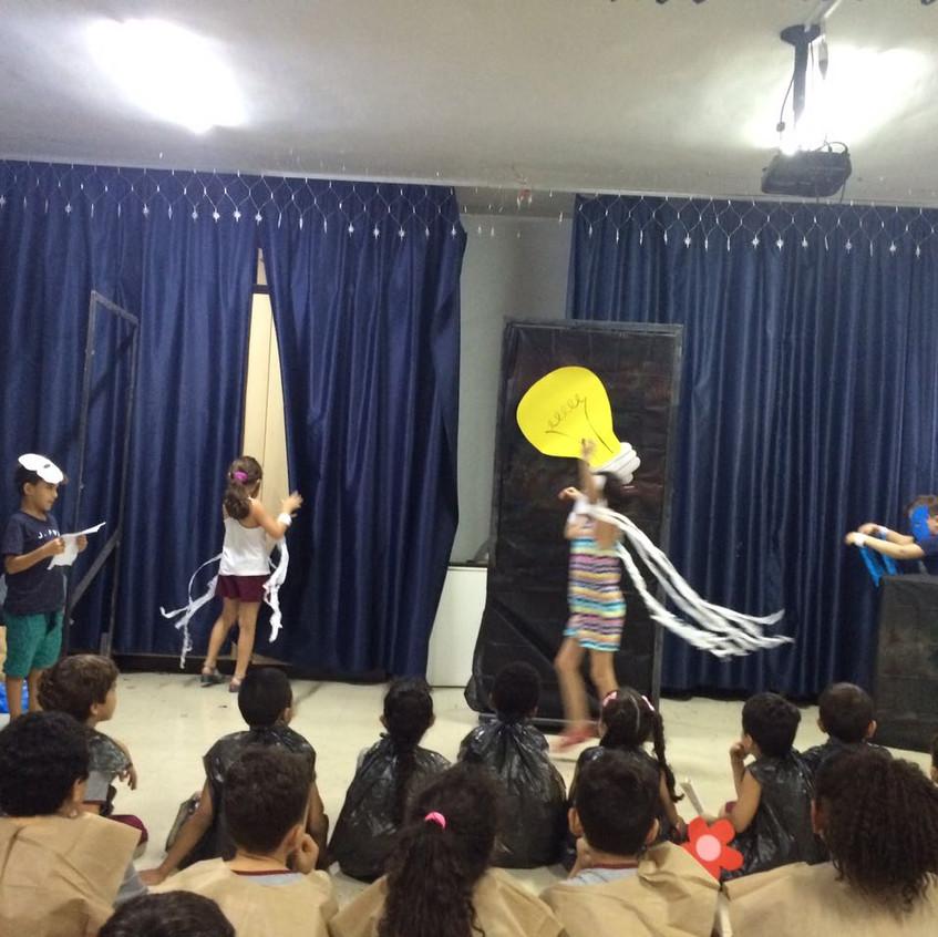 Apresentacao teatral (3)