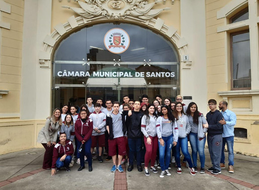 Passeio na Câmara Municipal de Santos com os alunos do Ensino Médio.