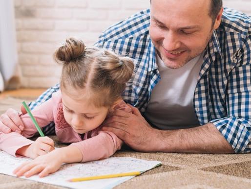 Hora da tarefa: Como ajudar as crianças sem fazer por elas?