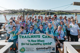 TrailwaysGrpPhoto-oct-2021-3.jpg