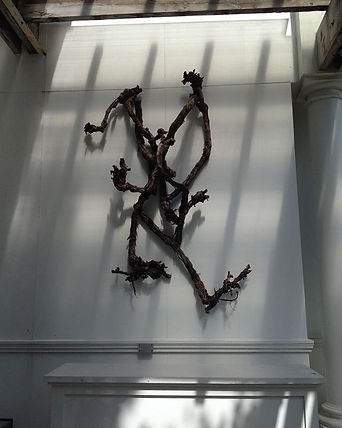 Grapevine sculpture