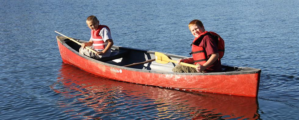 FamilyRetreat_Canoe.jpg