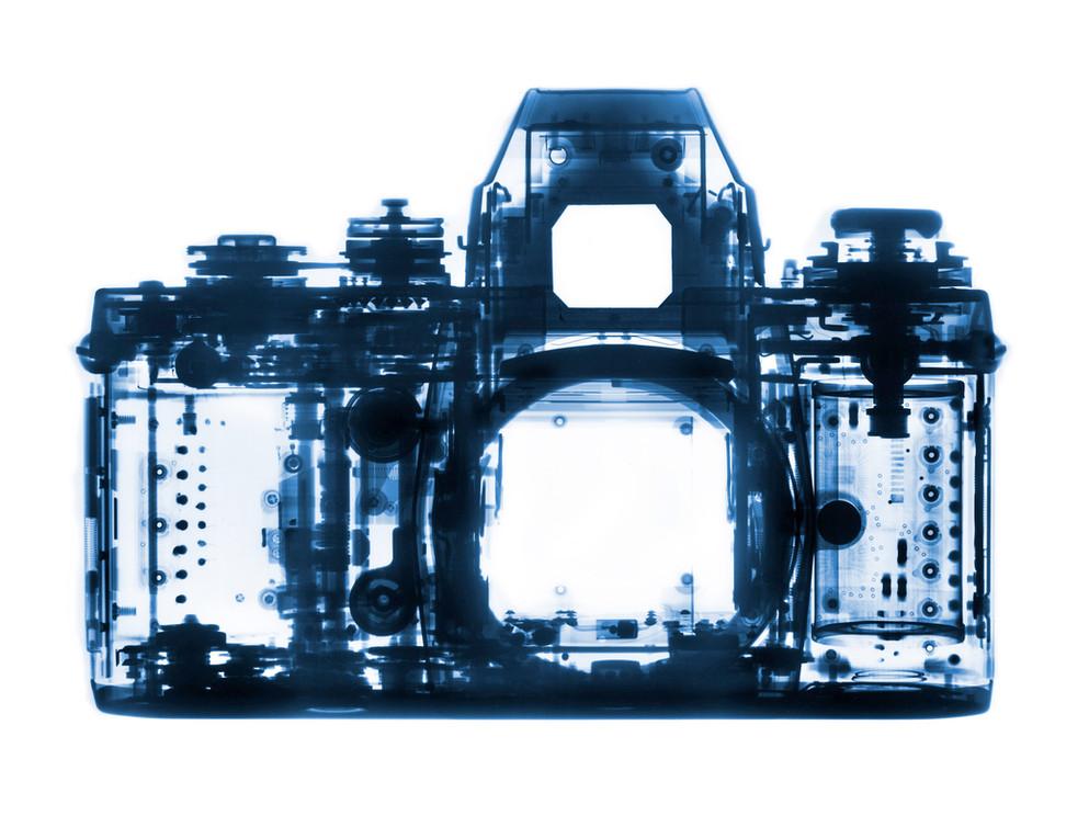 camera-cyan.jpg