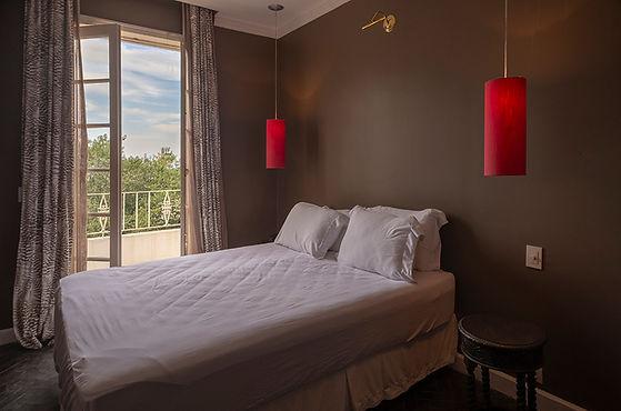 hdr-hotel-suite2-1.jpg