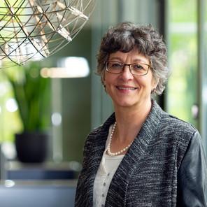 Anita Büsser, Pflegeexpertin