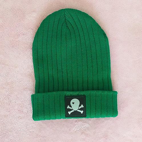 Hipster Beanie grün / Loveskull silber