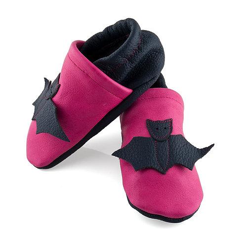 Lederpuschen pink / dunkelblau / Fledermaus