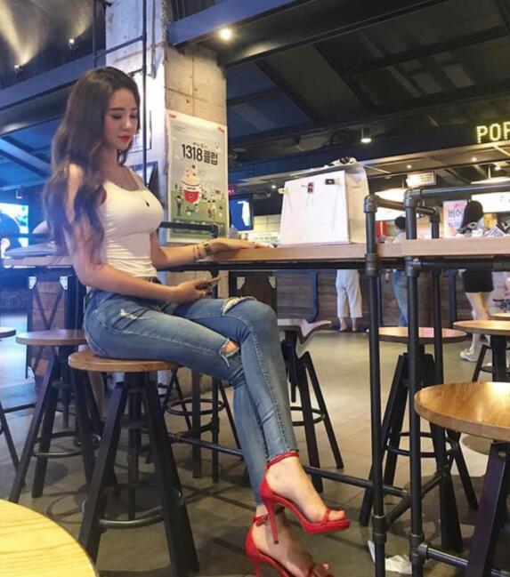 최고의 출장서비스 김포출장마사지 김포출장안마 요요미출장샵/콜걸 입니다.
