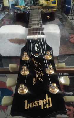 Gibson Les Paul nut After