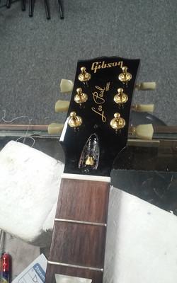 Gibson Les Paul Nut During