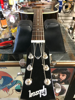 Gibson Acoustic Finished