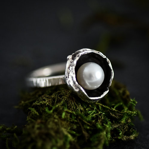 Rain Drop  Pearl Ring