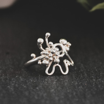 abstract argentium ring