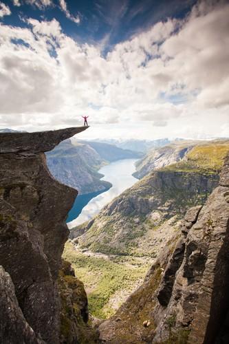 Trolltunga-foto-Scott-Sporleder-Fjord-No