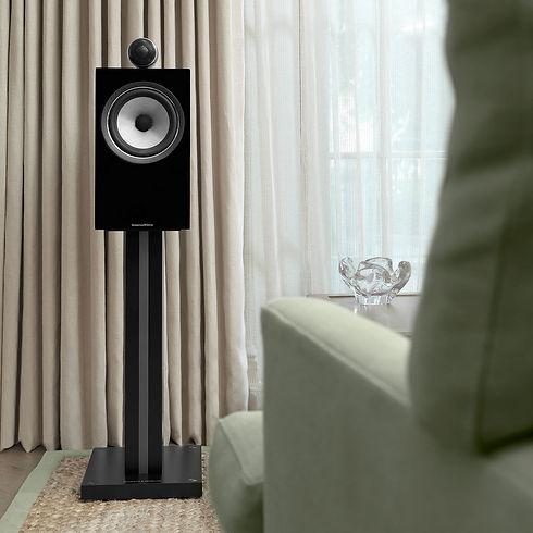 1-4-705-s2-black-700-series2-speaker.jpg