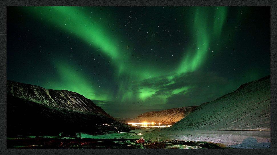 aurora boreale modificata con cornice.jp