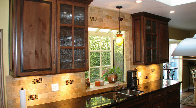 Led Lighting above and under cabinets