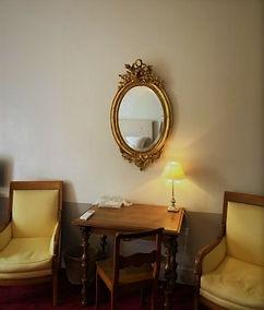 miroir ovale gite 2 (2).jpg