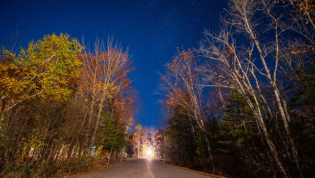 Astrophotography star photo of a street at night taken by Jasper Lior