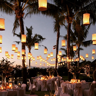 Beach destination wedding lighting in Puerto Rico - totaly worth traveling to this destination