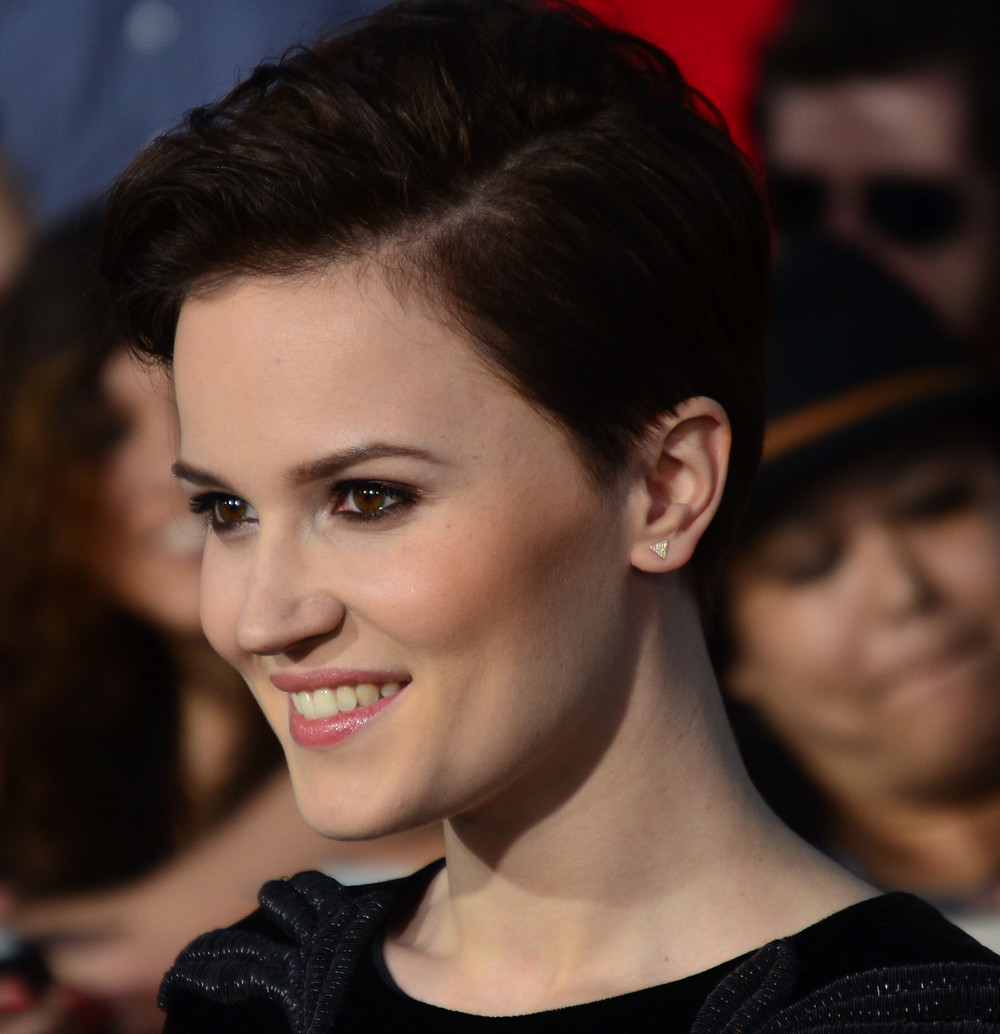 veronica roth, author of divergent