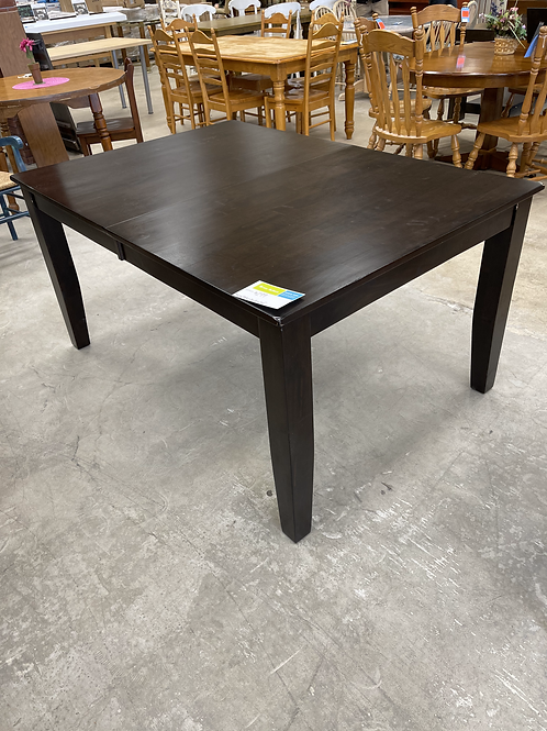 Dining Table w/ Built in Leaf