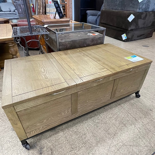 Rustic Rolling Flip Top Storage Bench