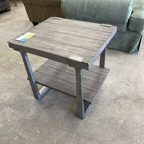 Hammory End Table