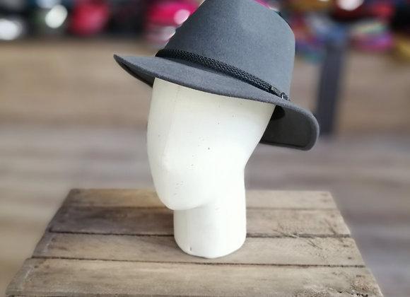 Chapeau homme bord moyen
