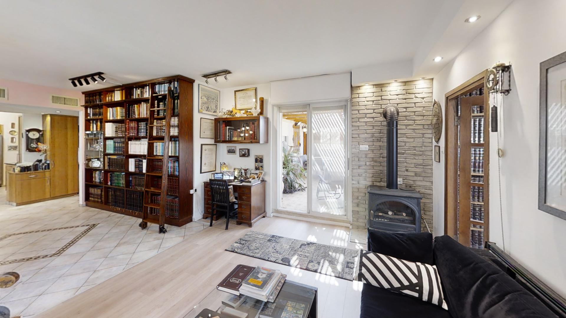 92-Mitzpe-Nevo-Road-Living-Room.jpg